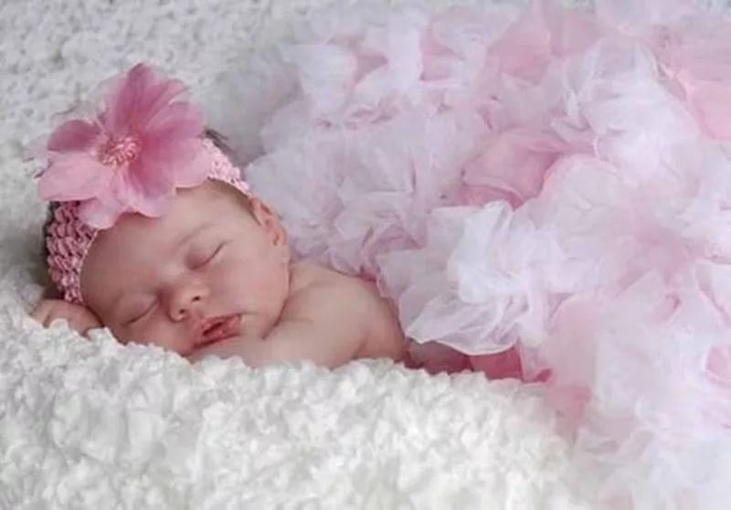 Музыкальная открытка с новорожденной дочкой 89